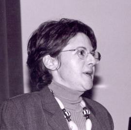Estrella de Diego. Conferencia sobre La responsabilidad en el existencialismo alemán dentro del ciclo Balance moral del siglo XX: La ética de la responsabilidad , 2004
