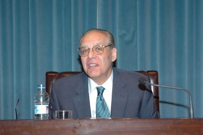 Guillermo Carnero. Conferencia sobre Una poética innecesaria