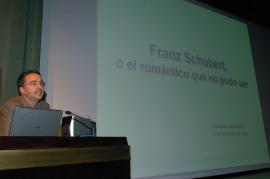 Luis Carlos Gago Bádenas. Conferencia sobre Schubert, o el romántico que no pudo ser dentro del ciclo Romanticismo, 2009