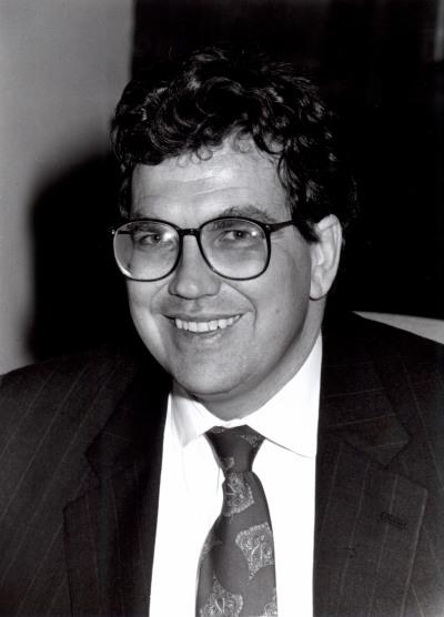 Peter Cowhey. Profesor de seminario. Curso 1991-92