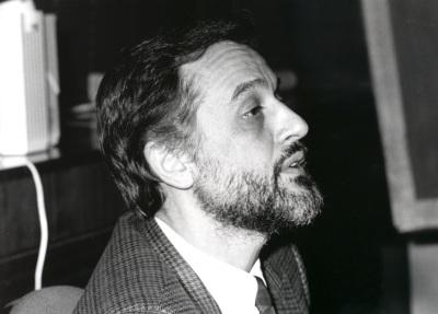 Loukas Tsoukalis. Profesor de seminario. Curso 1992-93