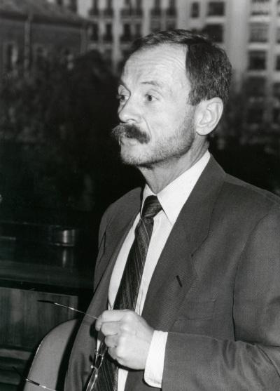 Adam Przeworski. Profesor de seminario. Curso 1992-93