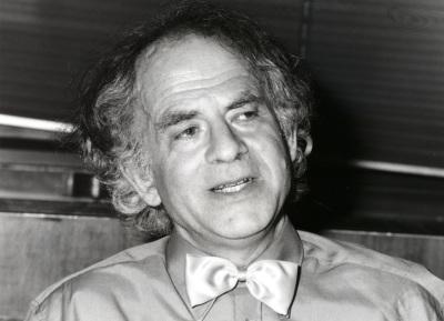 Steven Lukes. Profesor de seminario. Curso 1992-93