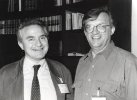 José María Mato y Axel Ullrich. Workshop On SignalTransduction by growth Factor Receptors with Tyrosine Kinase Activity, 1993