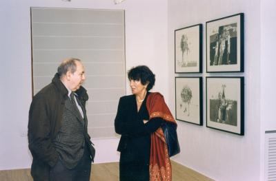 Gustavo Torner de la Fuente y Elvireta Escobio. Exposición Millares Pinturas y dibujos sobre papel 1963-1971