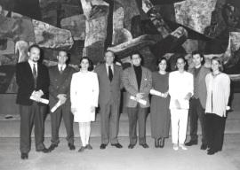 Alberto Penadés de la Cruz, Gabriel Saro, Sonia Alonso, Javier Astudillo, Isabel Madruga, Marta Delgado, Rafael Durán y María Asensio Menchero. Entrega diplomas de Maestros y Doctores del CEACS, 1995