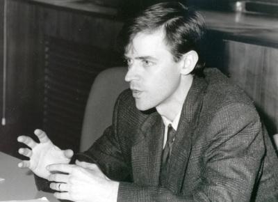 James D. Fearon. Profesor de curso. Curso 2003-04