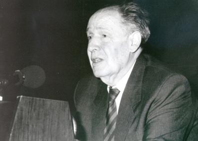Juan José Linz. Otras actividades Almuerzo-coloquio