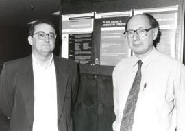 José Luis Micol y M. Van Montagu. Workshop Plant Morfogenesis, 1997