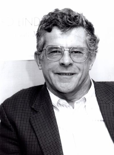 Francis G. Castles. Profesor de curso. Curso 1998-99