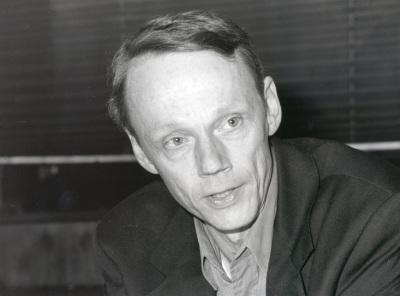 Peter Katzenstein. Profesor de seminario. Curso 1998-99