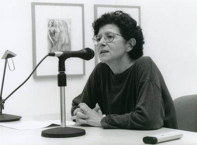 Catalina Cantarellas en el curso sobre Conocimiento del Arte Contemporáneo
