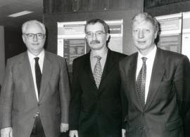 Francisco García Olmedo, Luis Rivas y Jules A. Hoffmann. Workshop Eukaryotic Antibiotic Peptides, 1999