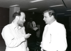 Claudio D. Stern y Eddy de Robertis. Workshop Molecular Nature of the Gastrula Organizing Center 75 years after Spemann and Mangala, 1999