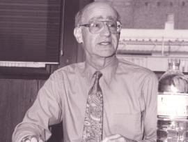 Sidney Tarrow. Profesor de seminario. Curso 1999-2000, 2000