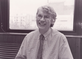 Michael Mann. Profesor de seminario. Curso 1999-2000, 2000