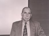 James Alt. Profesor de seminario. Curso 1999-2000, 2000