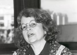 Bárbara Geddes. Profesora de seminario. Curso 2000-01, 2001