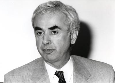 Diego Gambetta. Profesor de seminario. Curso 2000-01