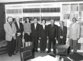 Erwin Neher, John E. Walker, Lucía Franco, Ginés Morata, Margarita Salas, Andrés González Álvarez, Cesar Milstein y Ramón Serrano. Reunión Jurado de Biología , 2001