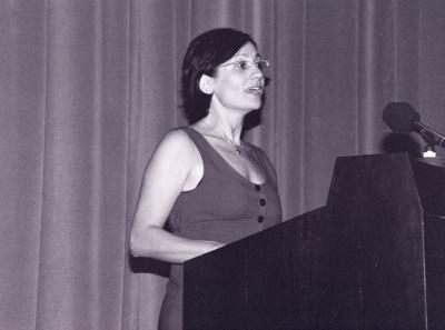 Yasemin Soysal. Profesora de seminario. Curso 1997-98
