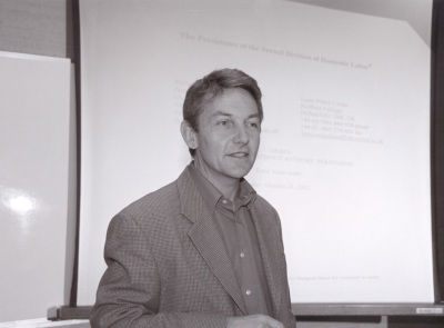 Richard Breen. Profesor de seminario. Curso 2000-01