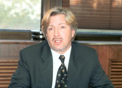 Alec Stone Sweet. Profesor de seminario. Curso 2003-04