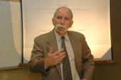 James Alt. Profesor de seminario. Curso 2003-04, 2004