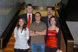 Ignacio Urquizu Sancho, Abel Escribà Folch, Josep Ventura López, Marta Domínguez Folgueras y Inmaculada Serrano Sanguilinda. Entrega diplomas de Maestros y Doctores del CEACS, 2004