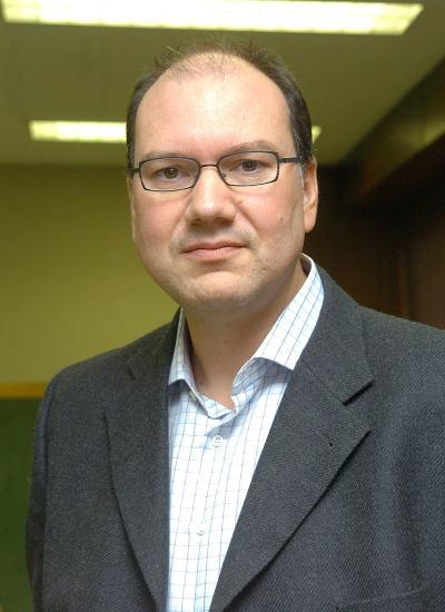 Sthatis Kalyvas. Profesor de seminario. Curso 2005-06