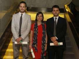 Albert Falcó Gimeno, Julia Cordero Coma y Ignacio Jurado Nebreda. Entrega diplomas de Maestros y Doctores del CEACS, 2012