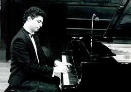 Leonel Morales. Concierto-Homenaje a Antón García Abril, 1993