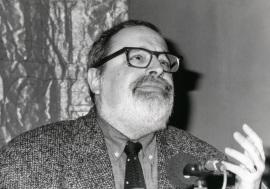 Fernando Savater. Con motivo de la presentación del Catálogo de Fotografías, 1996