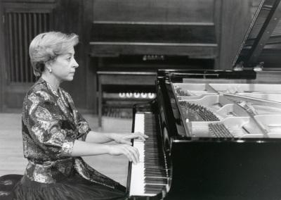 Ana Guijarro. Recital de piano en el Concierto-Homenaje a Manuel Castillo