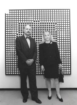 Javier Maderuelo y Michèle-Catherine Vasarely. Exposición Vasarely, 2000
