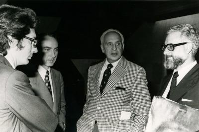 Andrés Amorós Guardiola, José Luis Yuste Grijalba, Severo Ochoa y Julio Rodríguez Villanueva. Homenaje al Profesor Severo Ochoa