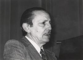 Antonio Buero Vallejo. Entrega de los Premios El Espectador y la Crítica, 1977