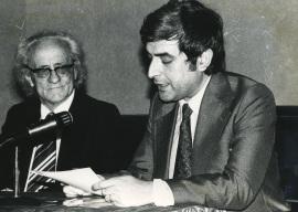 Francesc B. de Moll y José María López Piñero. Presentación del libro Ramón Llull, 1977