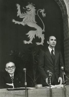 Manuel Alvar y José Luis Yuste Grijalba. Presentación del volumen Aragón, de la colección Tierras de España, 1977