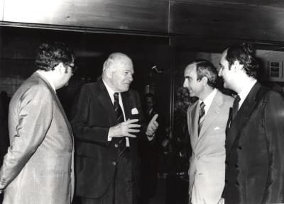 Juan March Delgado, Josep Tarradellas, José Luis Yuste Grijalba y Carlos March Delgado. Visita de Josep Tarradellas a la Fundación Juan March