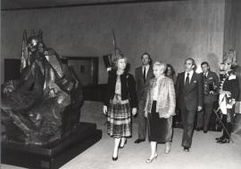 Sofía de Borbón, Juan Carlos de Borbón, Carmen Delgado de March y José Luis Yuste Grijalba. Acto de entrega de los Premios de la Sociedad General de Autores Españoles, 1982