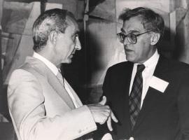 José Luis Yuste Grijalba y Frank E. Loy. Visita de los Miembros de la German Marshall Fund, a la Fundación, 1988