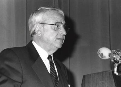 Cristóbal Halffter. Acto de entrega del Premio y Beca Montaigne/94