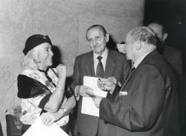 Carmen Martín Gaite, Antonio Buero Vallejo y Emilio Lorenzo. Presentación del nº 100 de la Revista Saber Leer, 1996