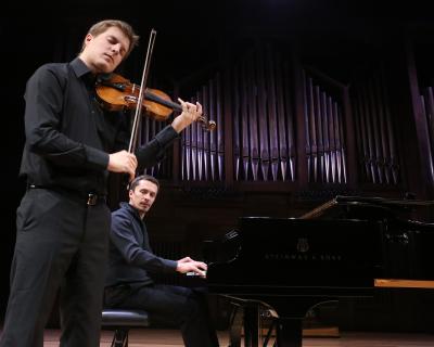 Miguel Colom y Denis Lossev. Concierto con motivo de la exposición Josef Albers: medios mínimos, efecto máximo