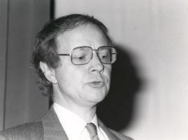 Werner Spies. Conferencia inaugural de la Exposición Max Ernst, 1986