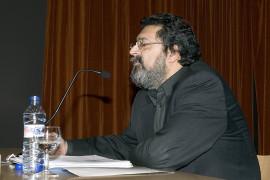 Francisco Caja. Conferencia inaugural de la Exposición Rostros y máscaras Fotografías de la Colección Ordóñez-Falcón, 2005