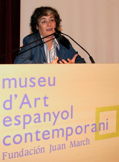 María José Mulet en el curso Fotografía. La fotografía y las vanguardias históricas