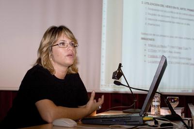 Laura Baigorri en el curso Arte Multimedia.Videoarte. Historia y conceptos clave