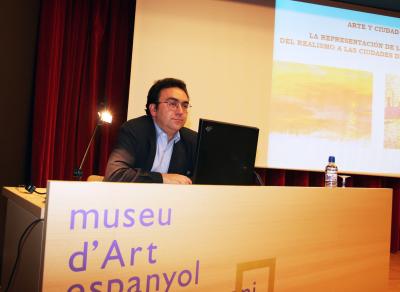 Miguel Ángel Chaves Martín en el curso La ciudad en imágenes: lo urbano en el arte y en el cine